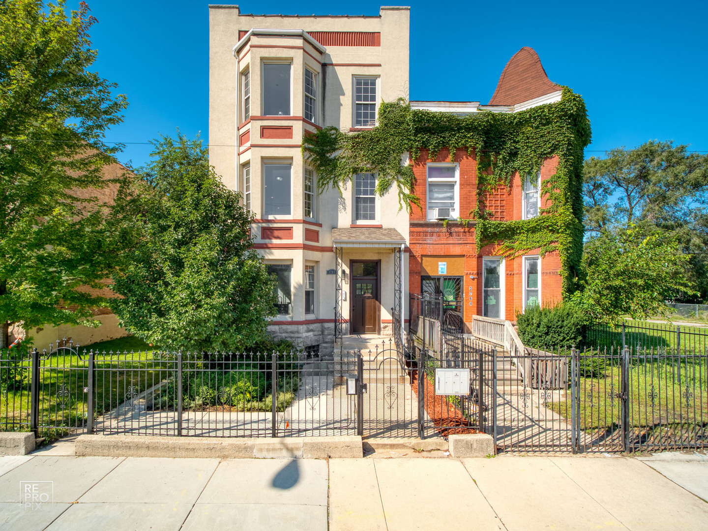 One of Kenwood 5 Bedroom Homes for Sale at 3766 South Indiana Avenue