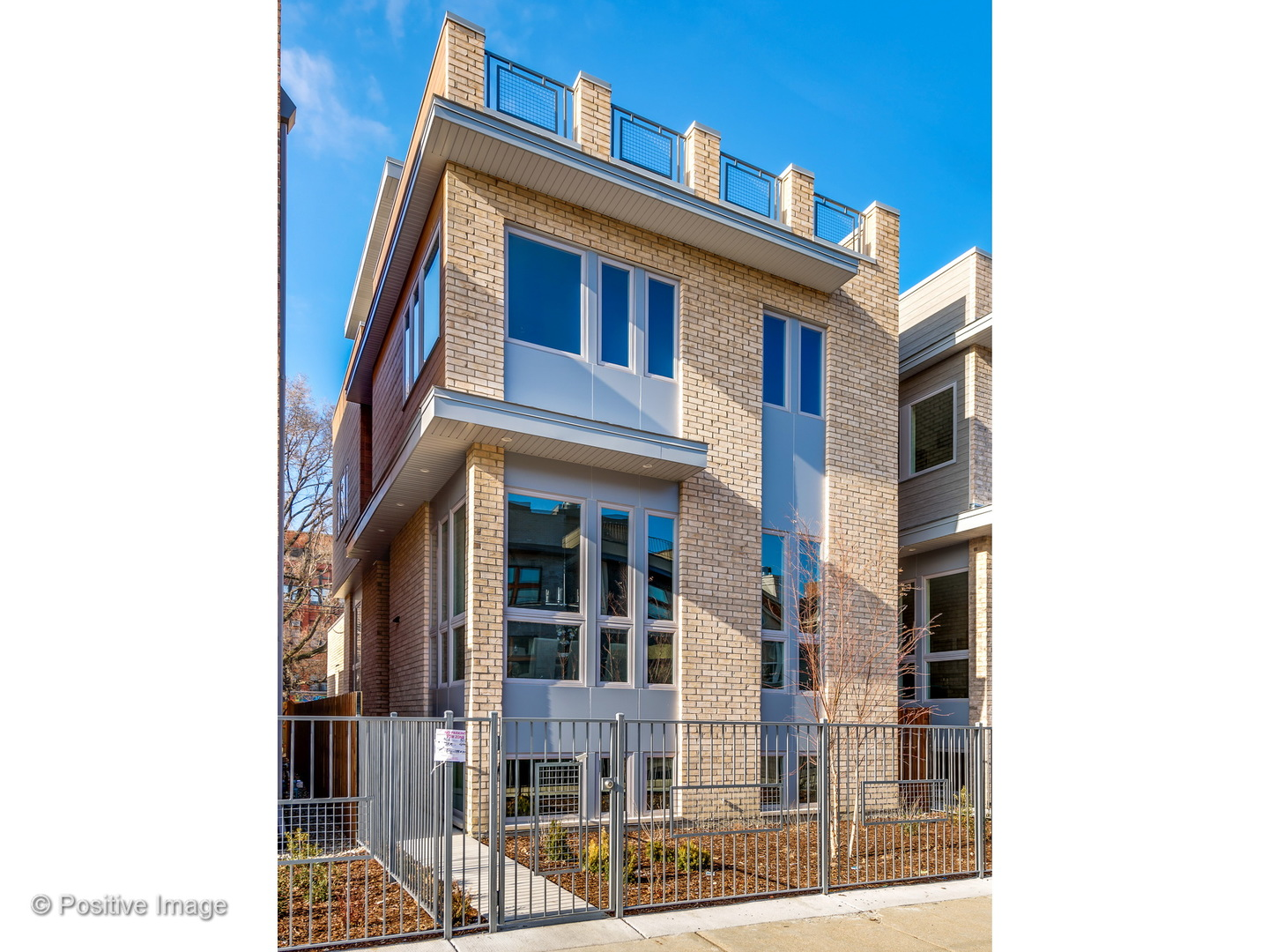 One of Bucktown 4 Bedroom Homes for Sale at 1838 West RACE Avenue