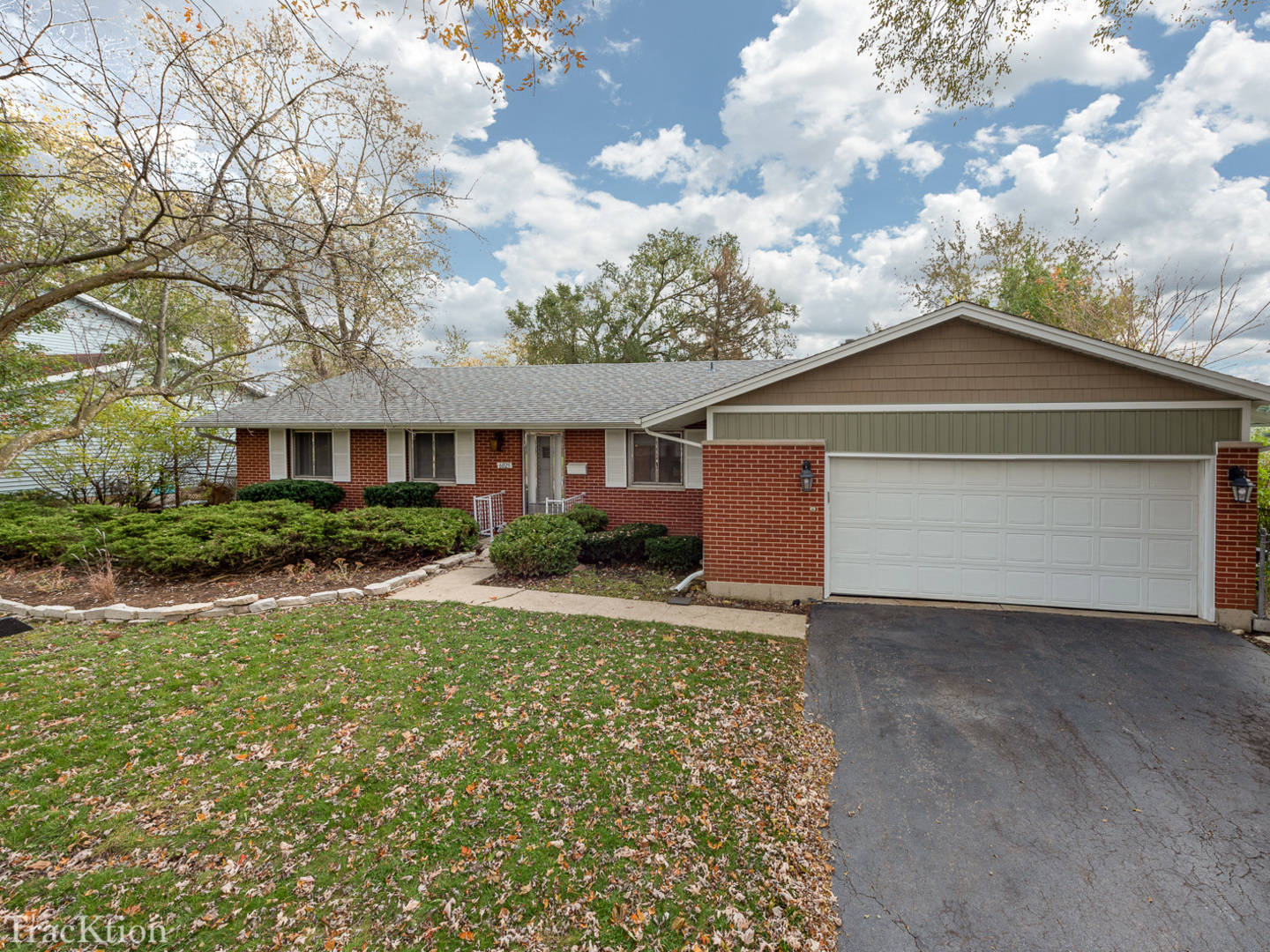 6025 Sherman Drive, Woodridge, Illinois