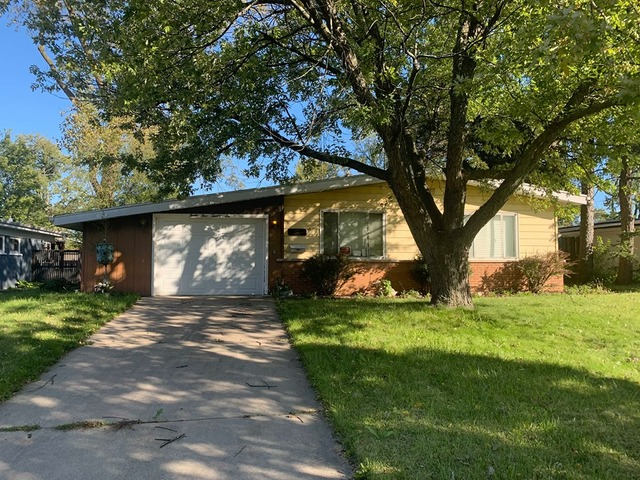4526 Lilac Avenue, Glenview in Cook County, IL 60025 Home for Sale