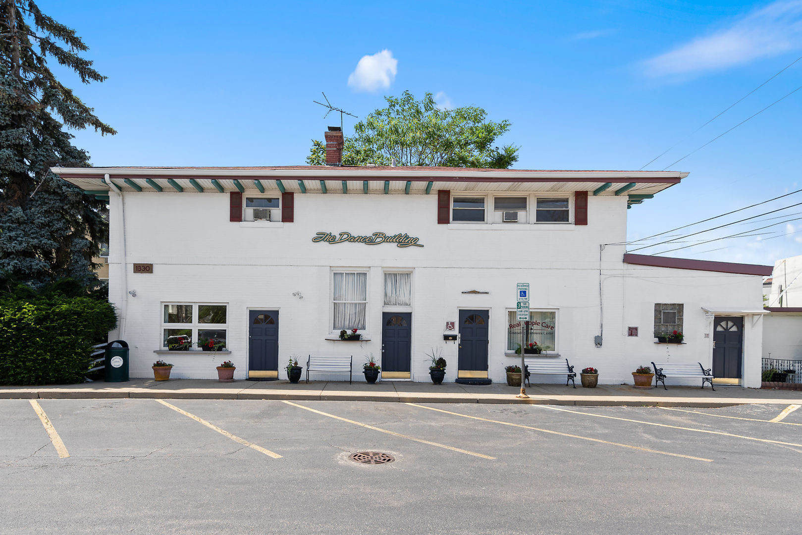 1330 Webford Avenue, one of homes for sale in Des Plaines