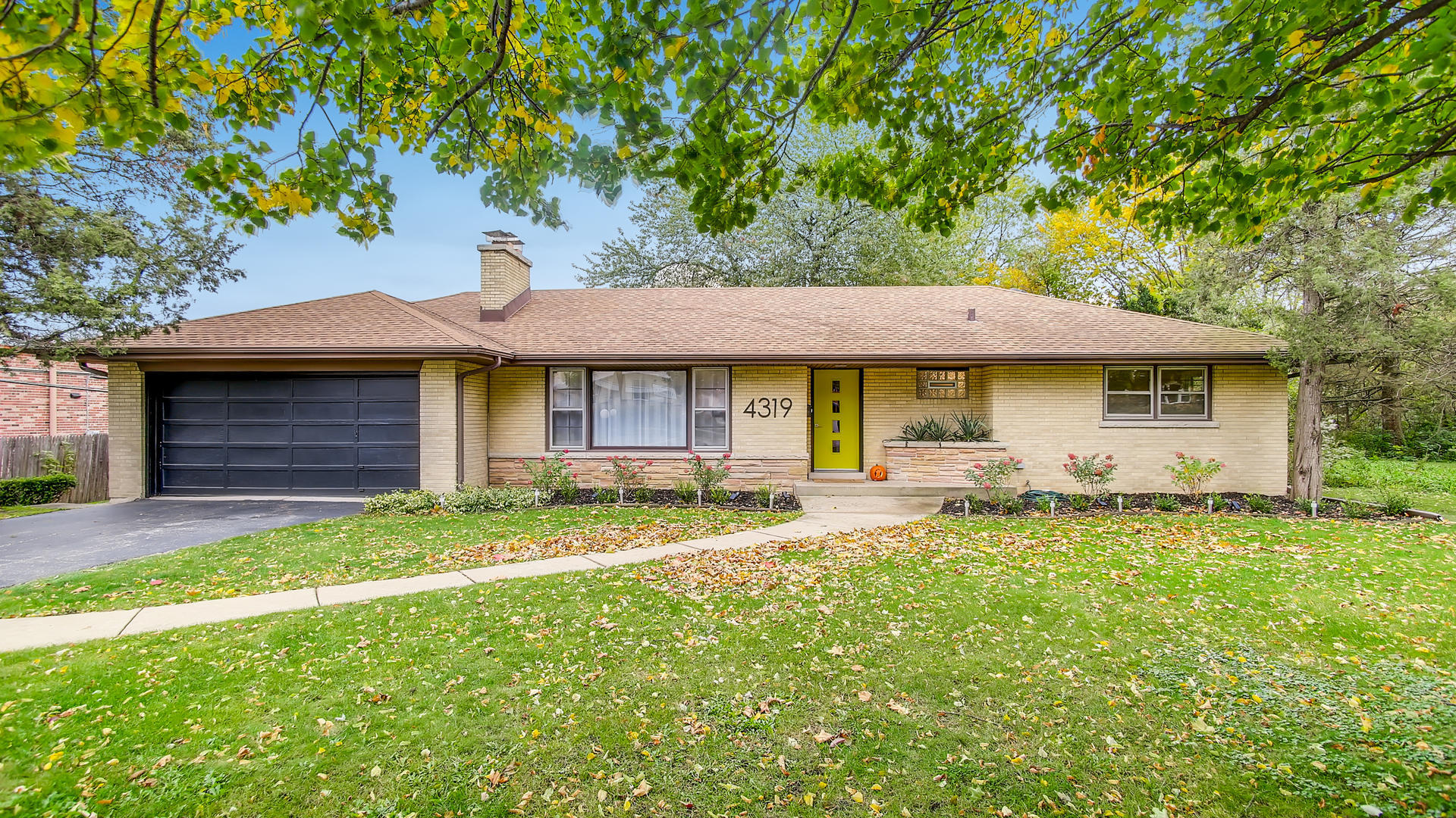 4319 Florence Avenue, Downers Grove, Illinois