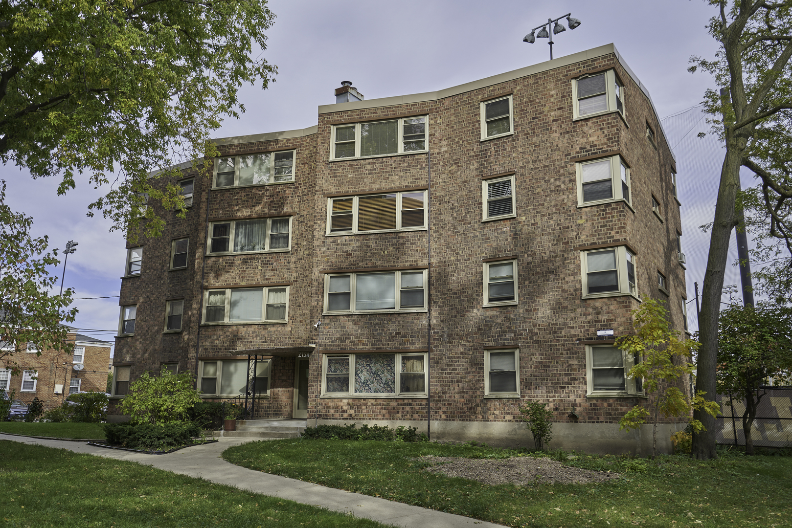 One of North Park Chicago 3 Bedroom Homes for Sale at 2134 West Rosemont Avenue