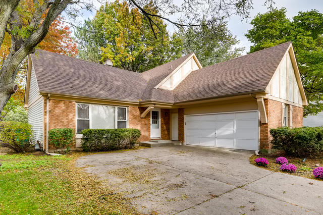 741 Chaucer Way, Buffalo Grove in Lake County, IL 60089 Home for Sale