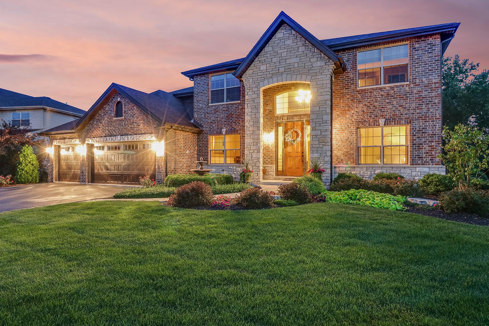 16508 West Deerwood Drive, Lockport, Illinois