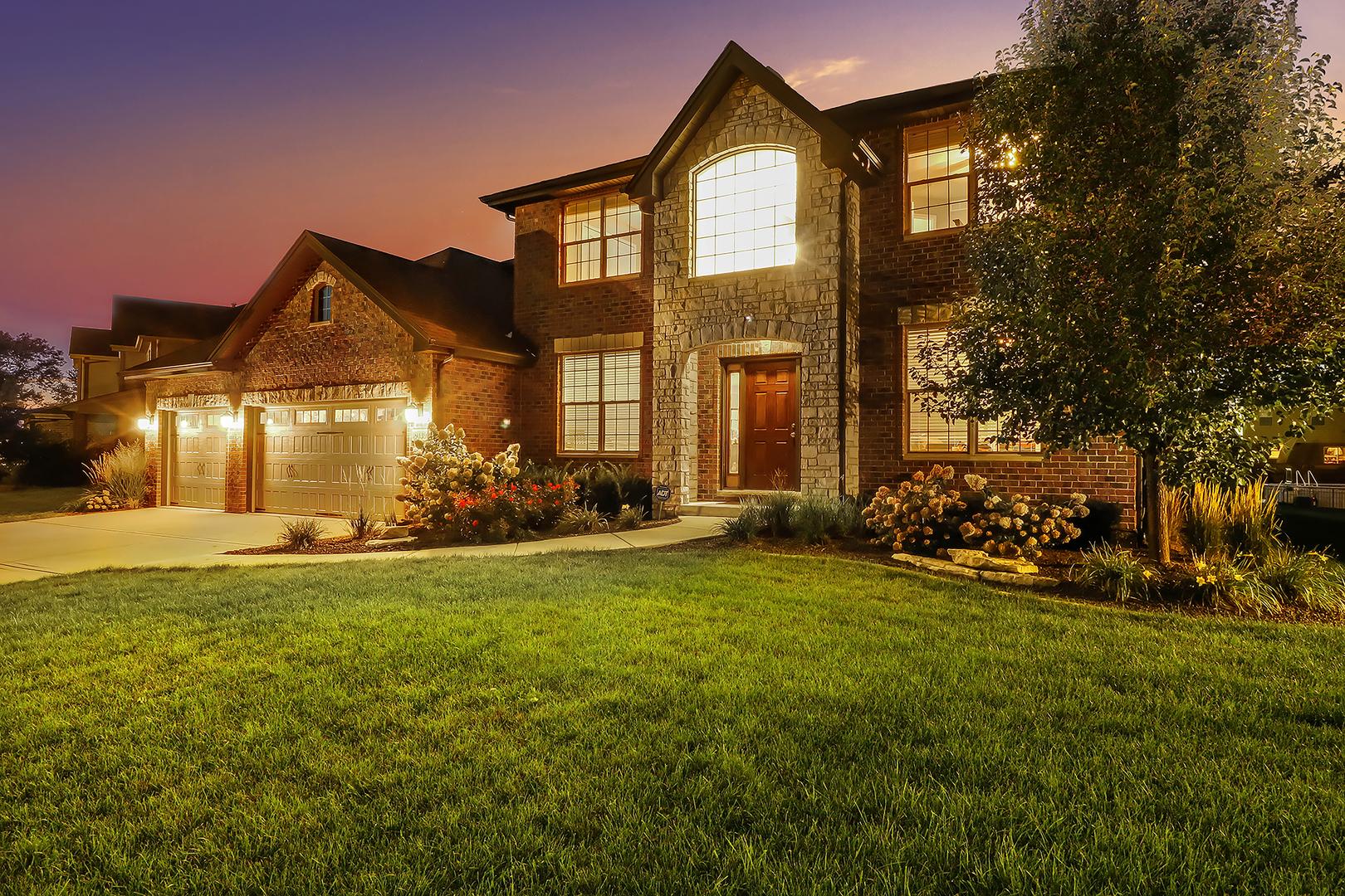 16409 West Deerwood Drive, Lockport, Illinois