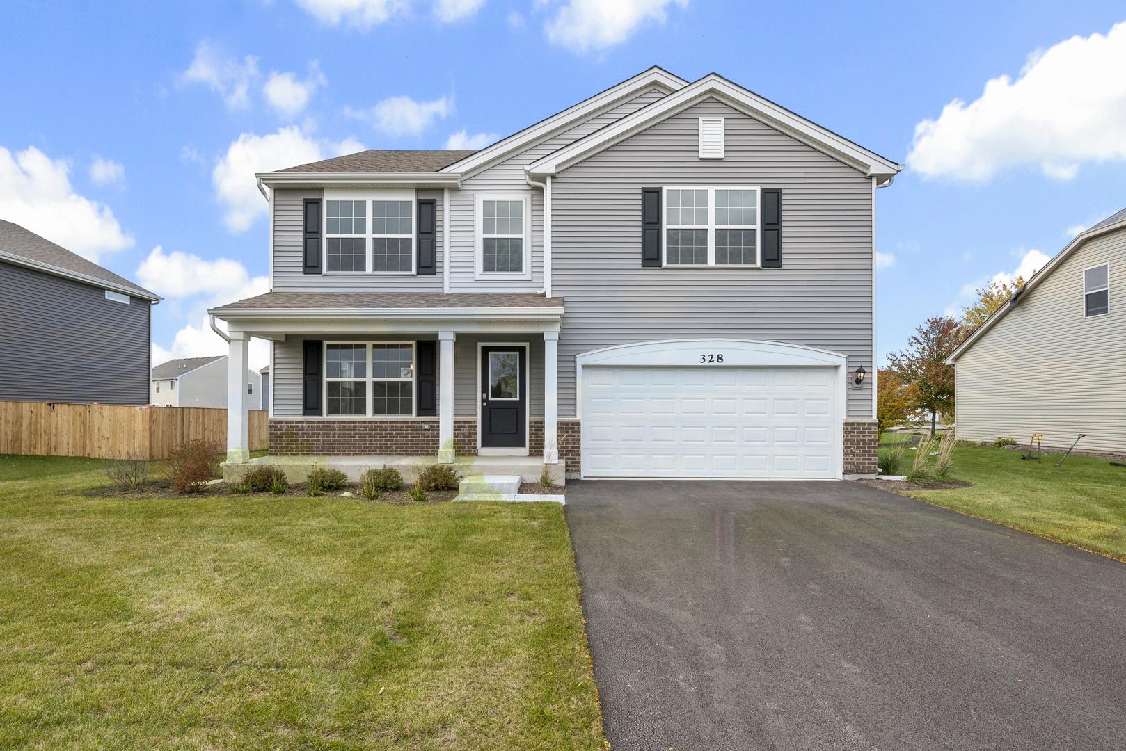 328 Hemlock Lane, Oswego, Illinois