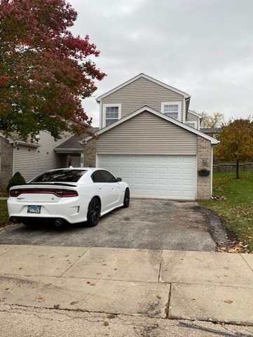 818 Park Bluff Circle, Elgin in Cook County, IL 60120 Home for Sale