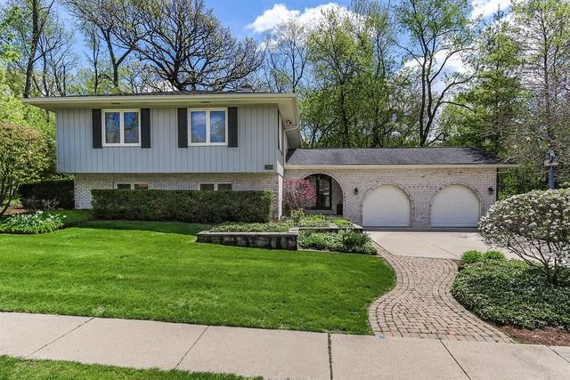 2353 Knollwood Drive, Elgin, Illinois
