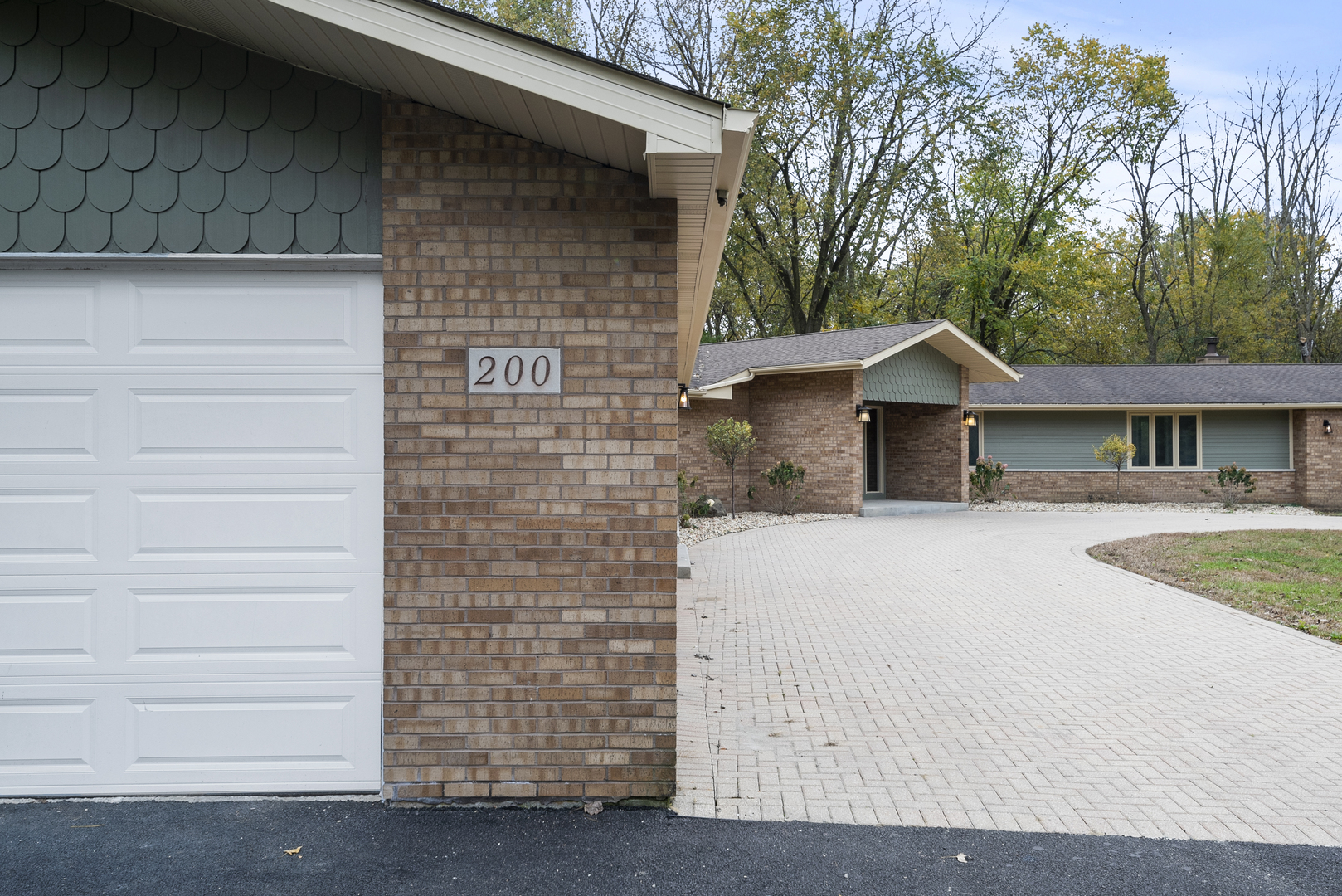 200 Whisper Lane, Shorewood, Illinois