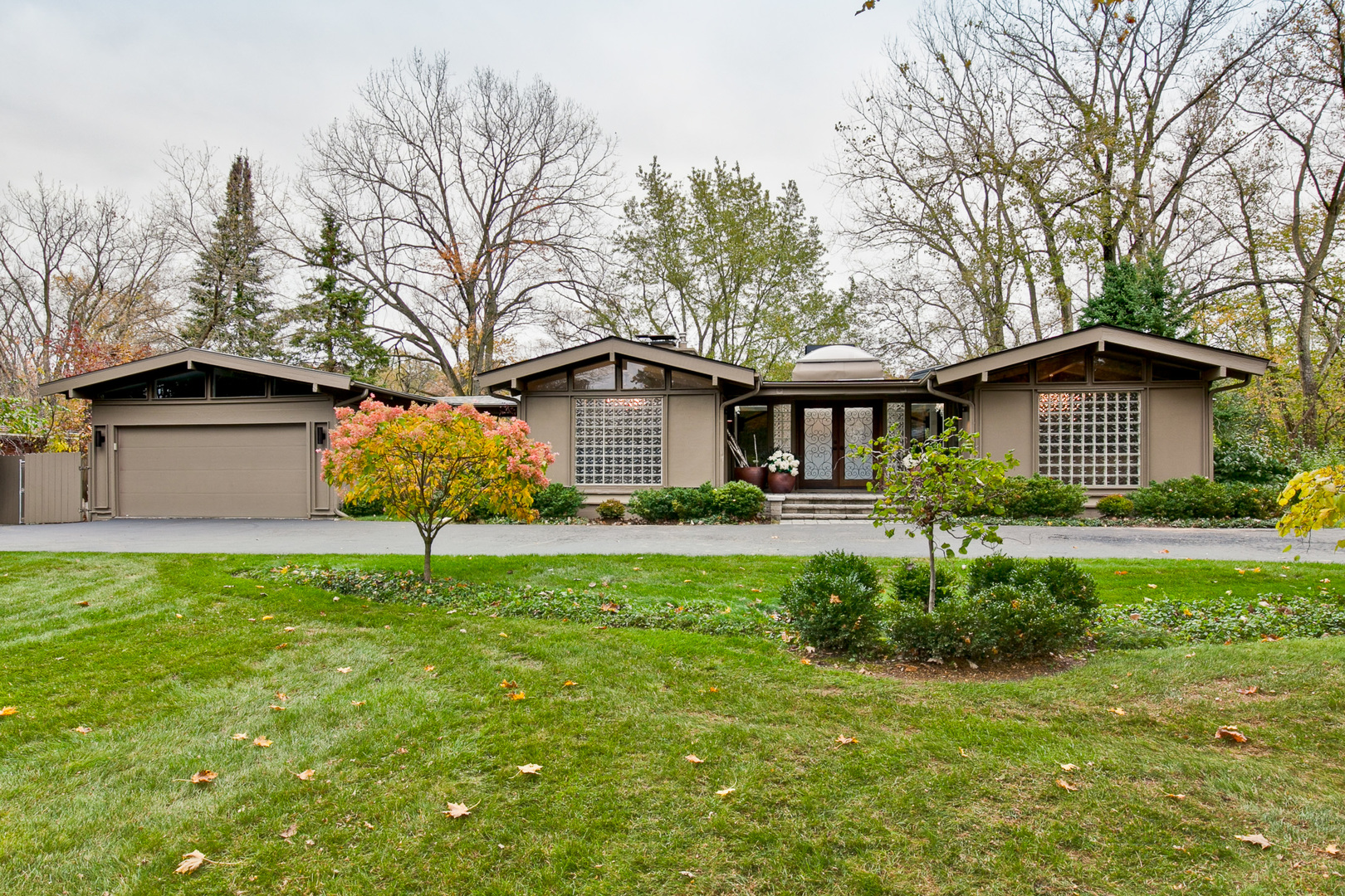 949 Valley Road, Lake Forest, Illinois