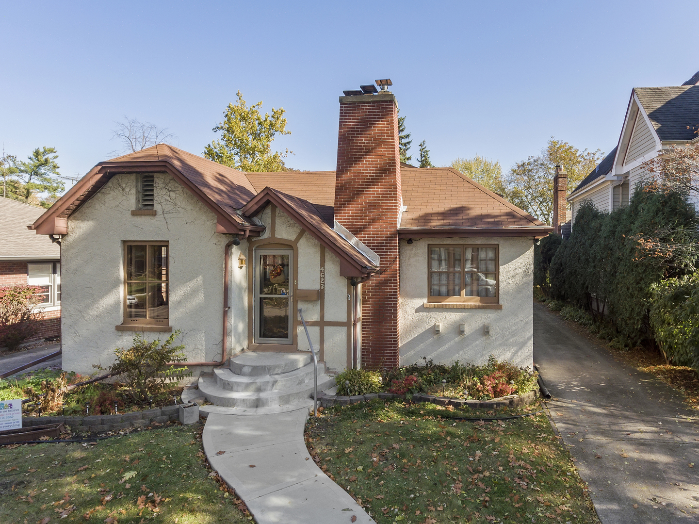4623 Howard Avenue, Western Springs, Illinois