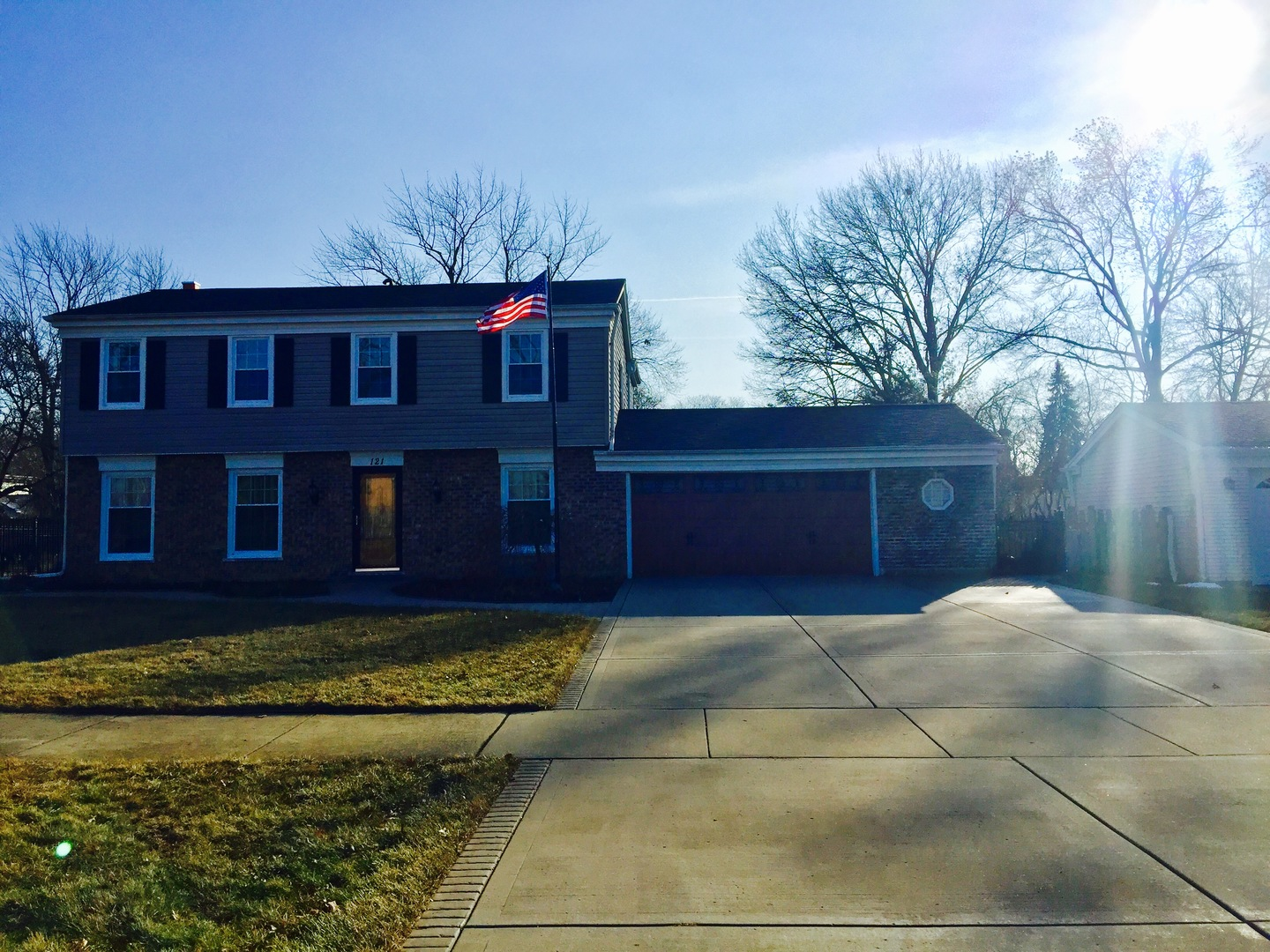 121 39th Street, Downers Grove, Illinois