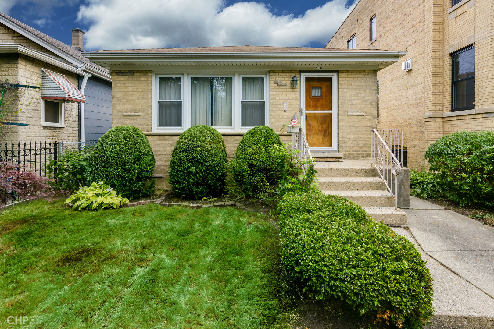 2638 West Carmen Avenue, Lincoln Square in Cook County, IL 60625 Home for Sale