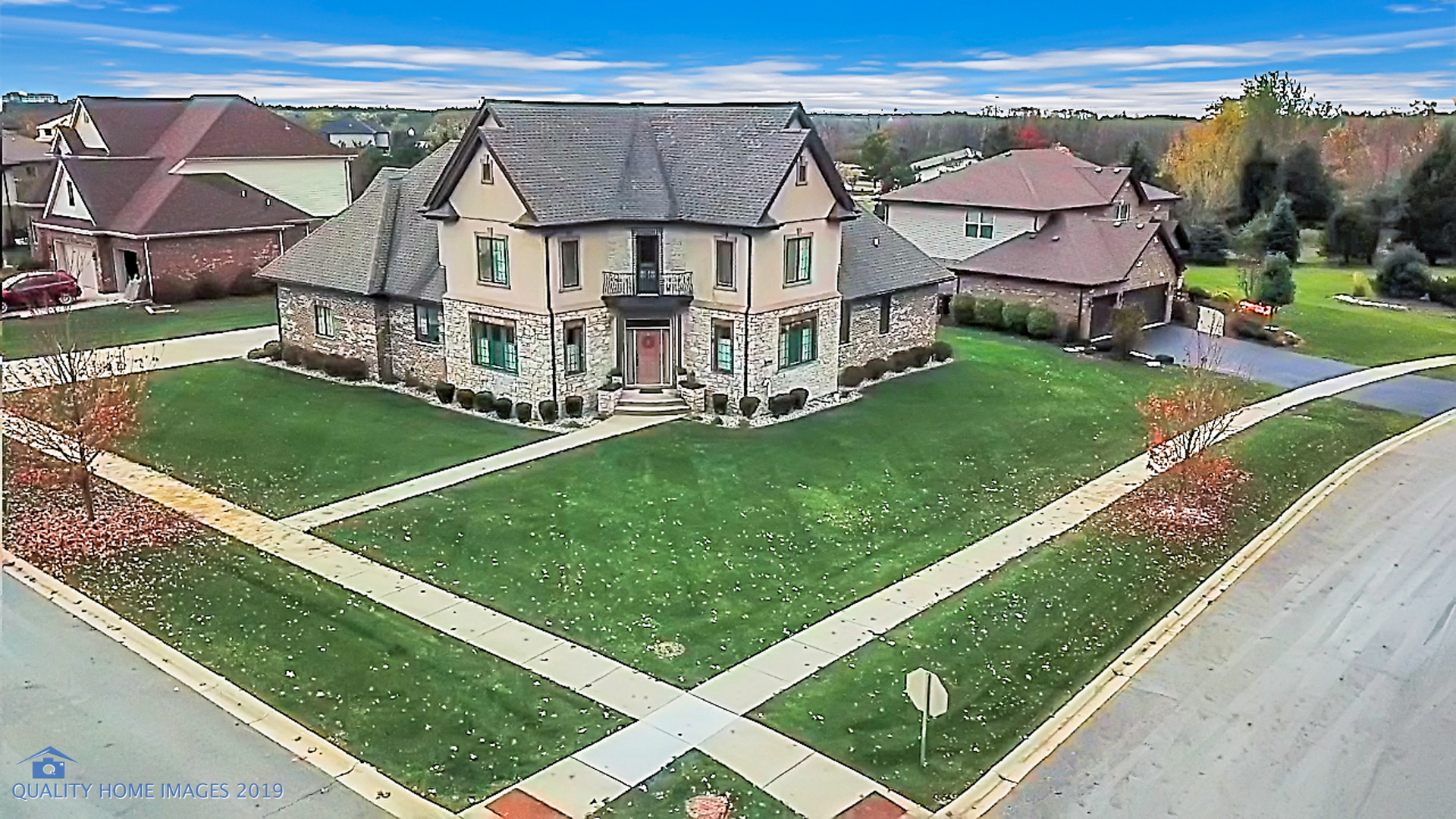 18001 Prairie Ridge Way, one of homes for sale in New Lenox
