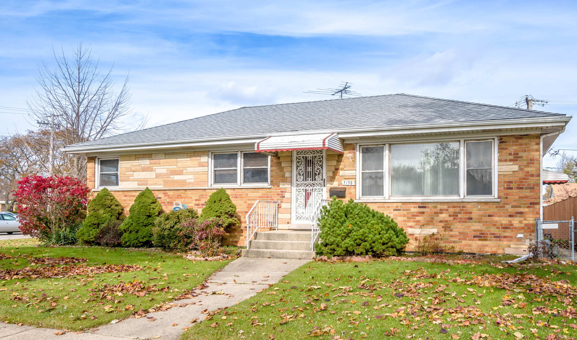 7158 West LILL Street, Niles, Illinois