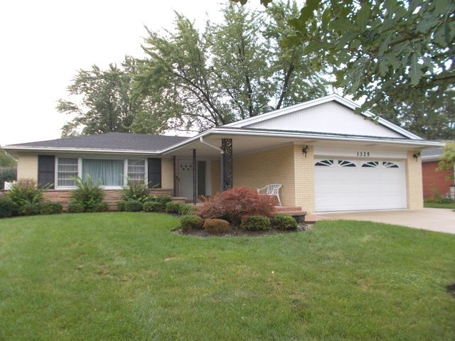 1325 HOLLYWOOD Avenue, Glenview in Cook County, IL 60025 Home for Sale