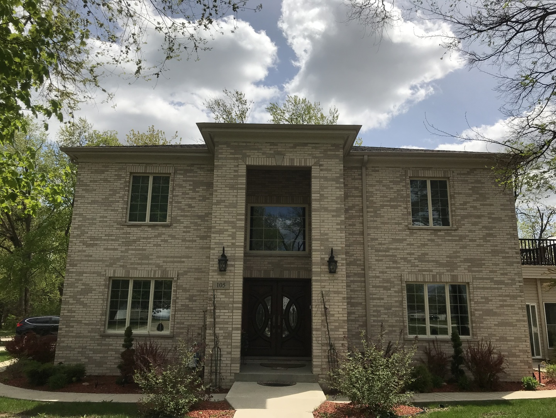 105 West Thacker Street, Schaumburg, Illinois