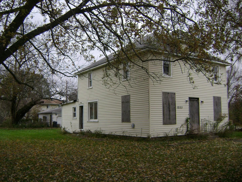 1223 Pawnee Street, Joliet, Illinois