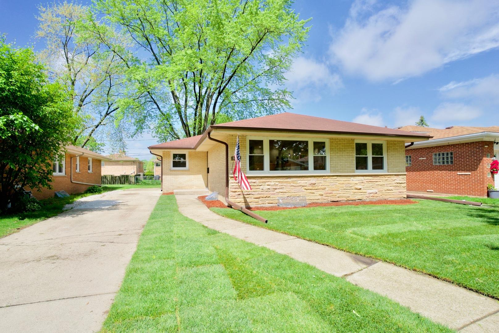 8930 MEADE Avenue, Morton Grove, Illinois