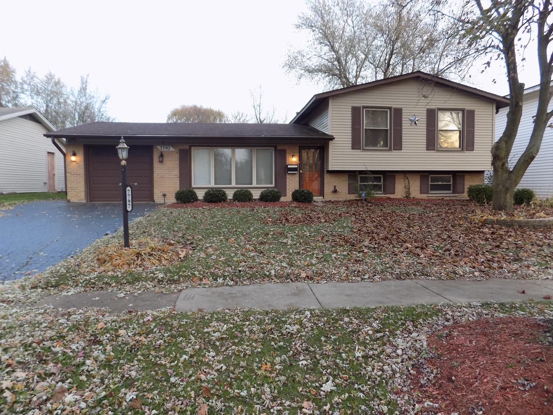 7797 Kensington Lane, Hanover Park, Illinois
