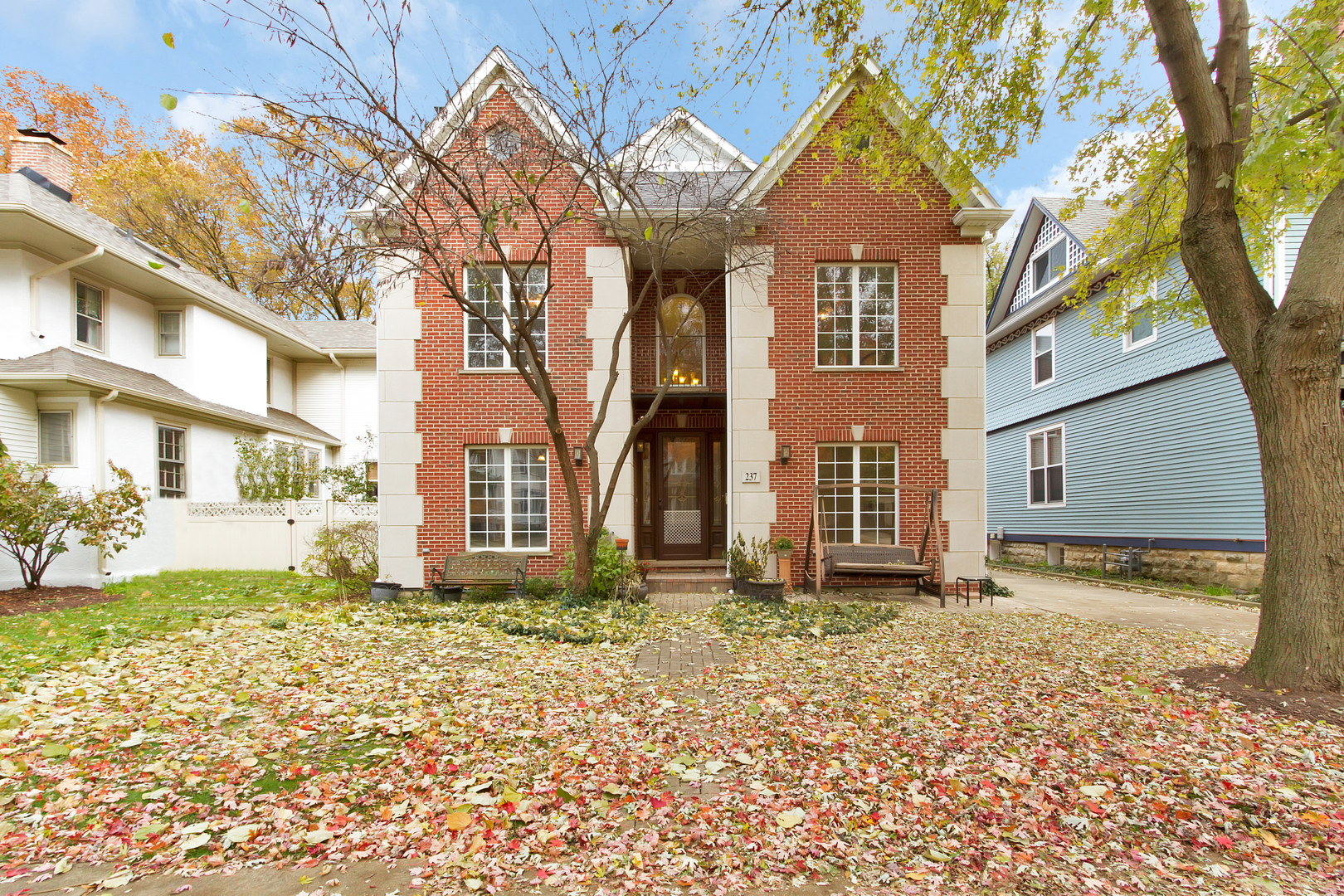 237 South Catherine Avenue, La Grange, Illinois