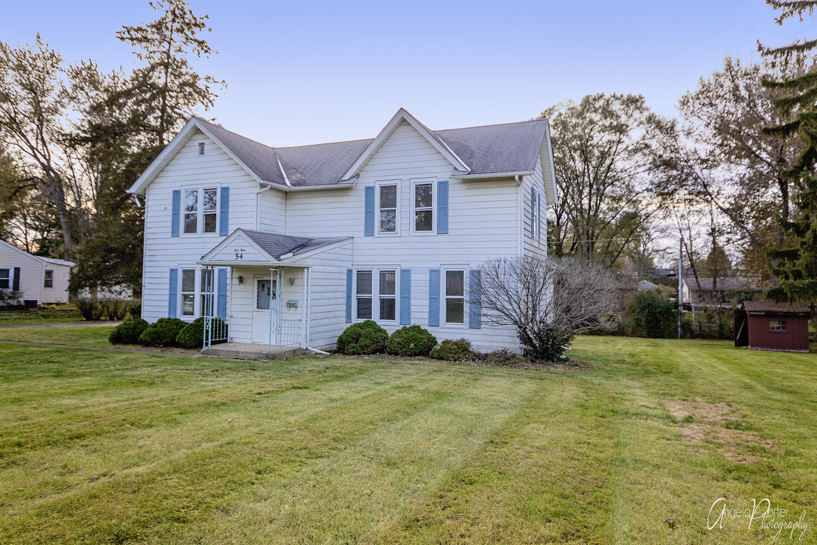 54 South Oak Street, Crystal Lake in Mc Henry County, IL 60014 Home for Sale