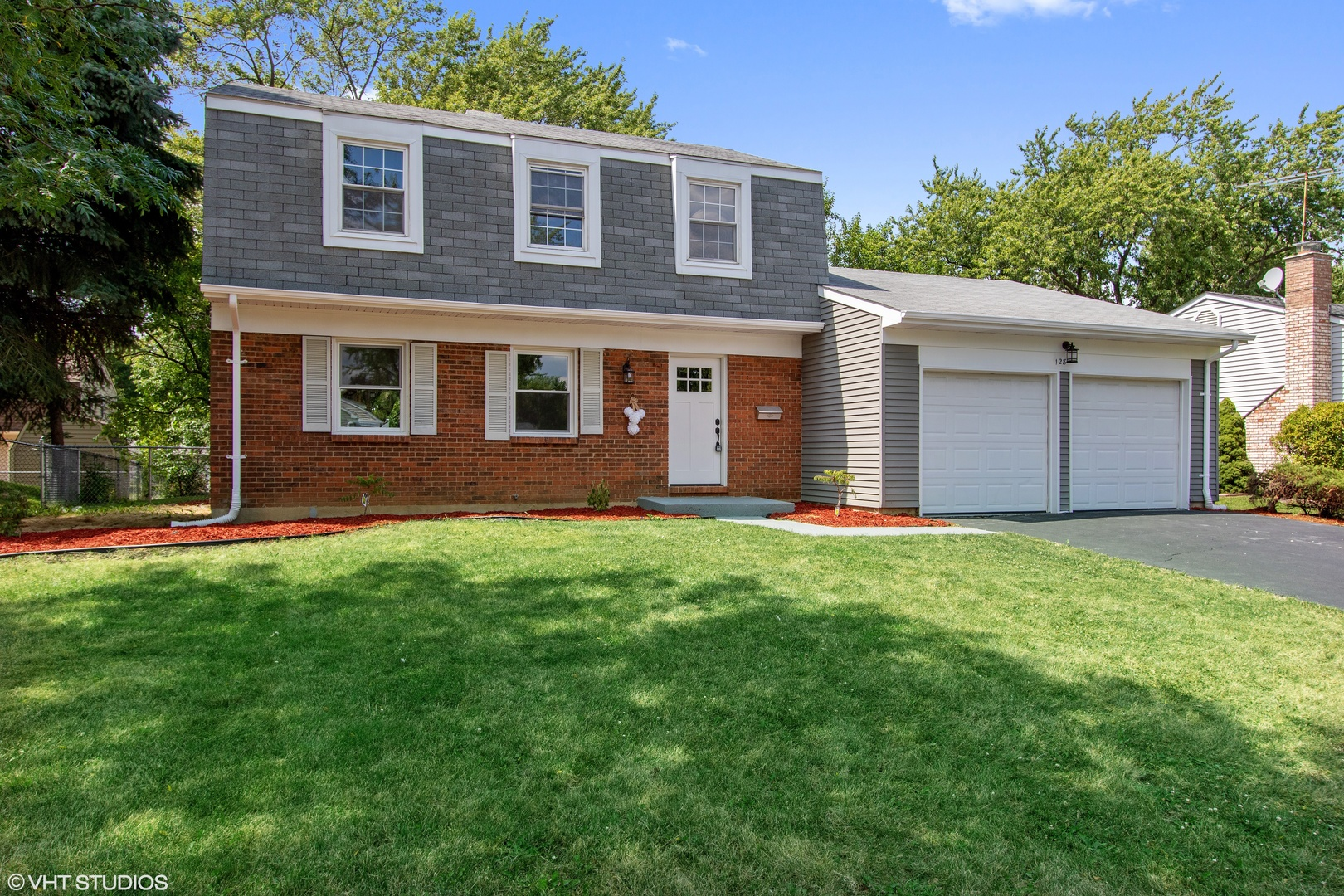 128 Wilmslow Lane, Schaumburg, Illinois