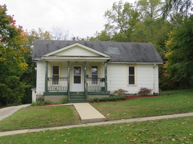 627 Sherman Avenue, Elgin in Kane County, IL 60120 Home for Sale