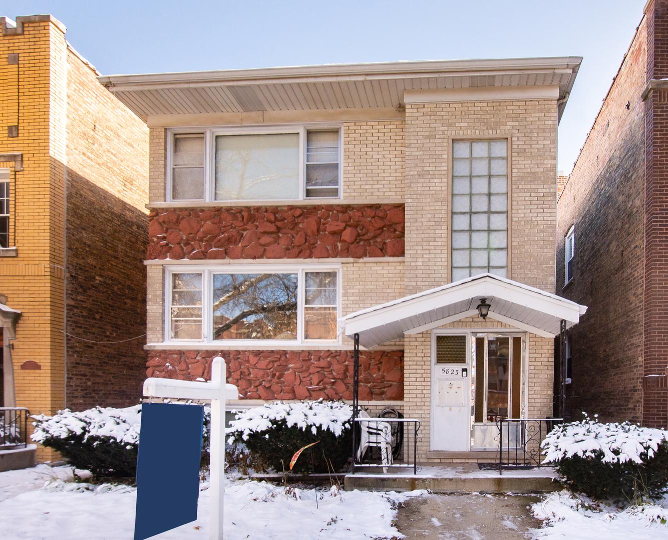5823 North Maplewood Avenue, North Park Chicago, Illinois