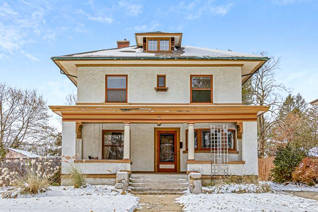 844 Douglas Avenue, Elgin, Illinois