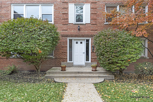 608 Oakton Street, Evanston in Cook County, IL 60202 Home for Sale