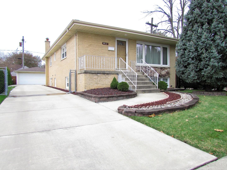 4412 Raymond Avenue, Brookfield, Illinois
