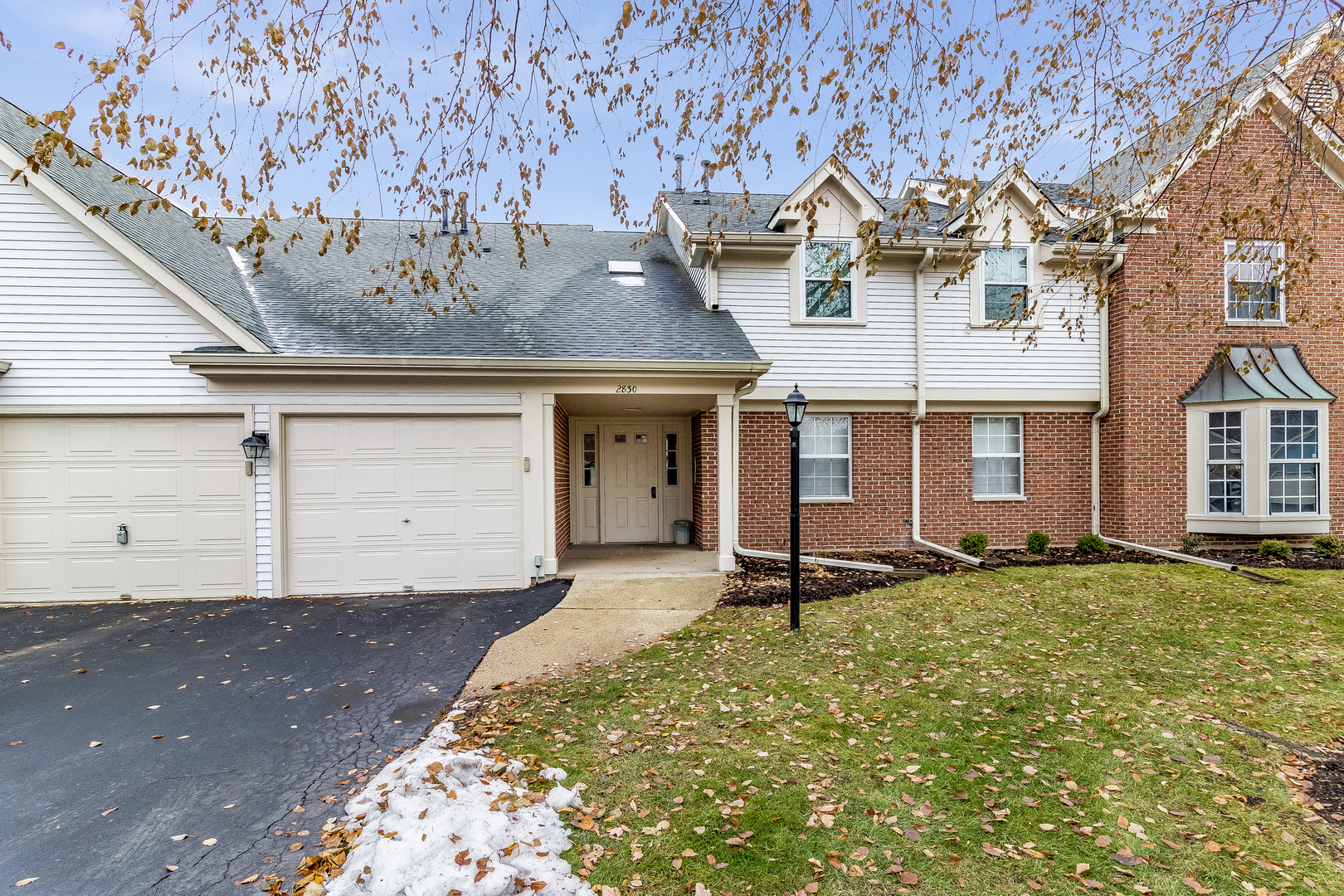 2830 Meadow Lane, Schaumburg in Cook County, IL 60193 Home for Sale