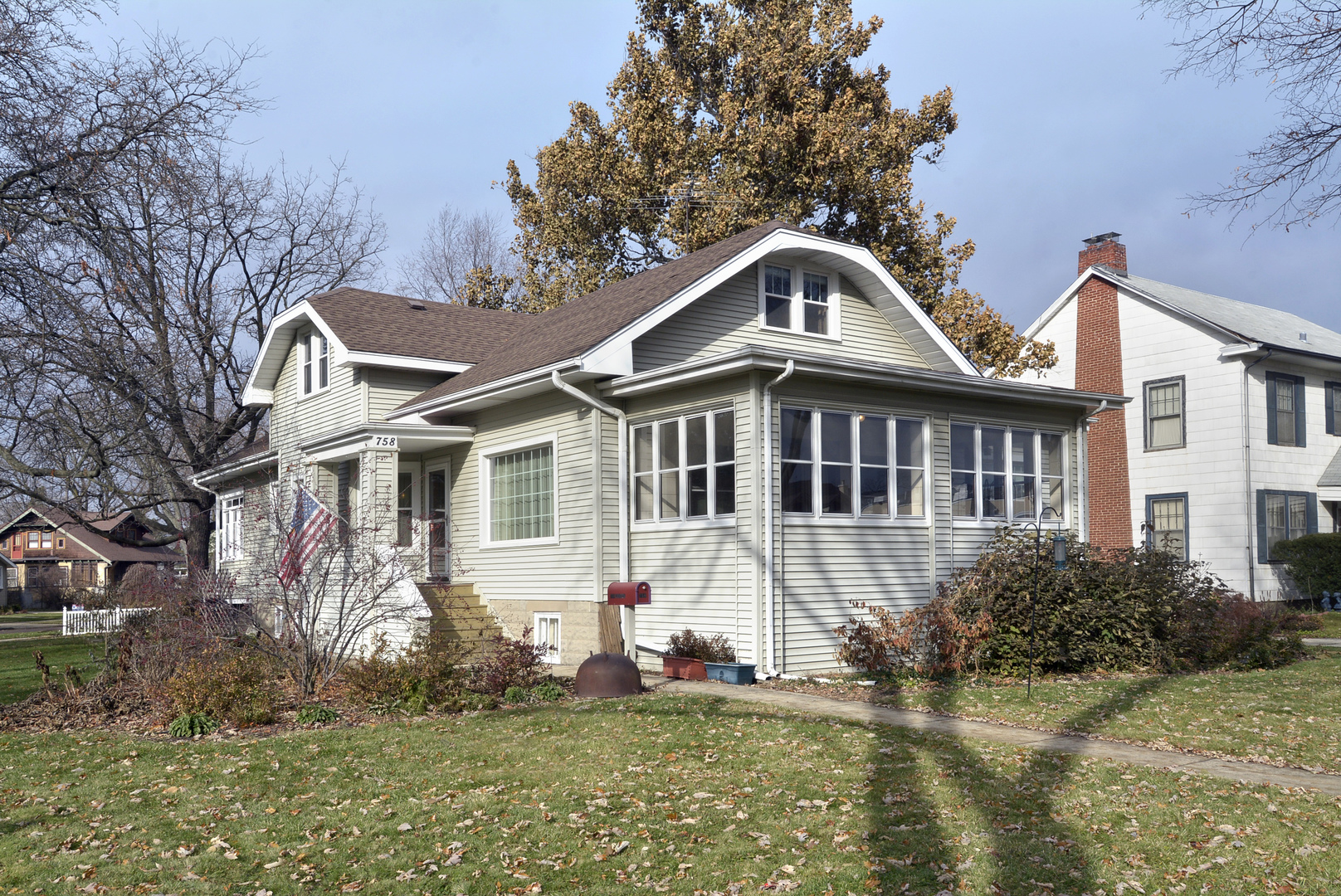 758 Laurel Avenue, one of homes for sale in Des Plaines