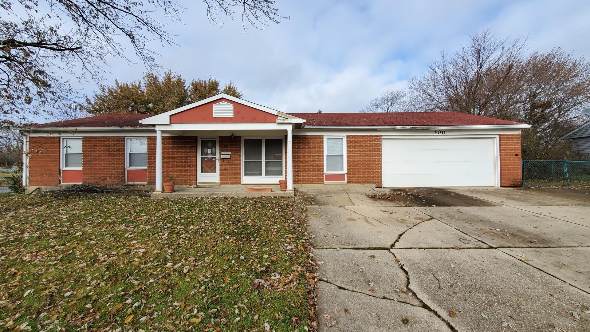 300 Dunbar Court, Streamwood, Illinois