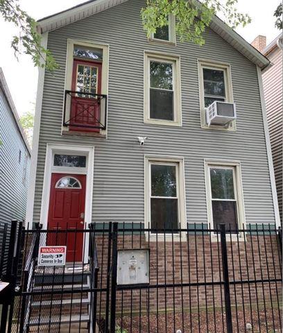 1624 North Washtenaw Avenue, Bucktown, Illinois