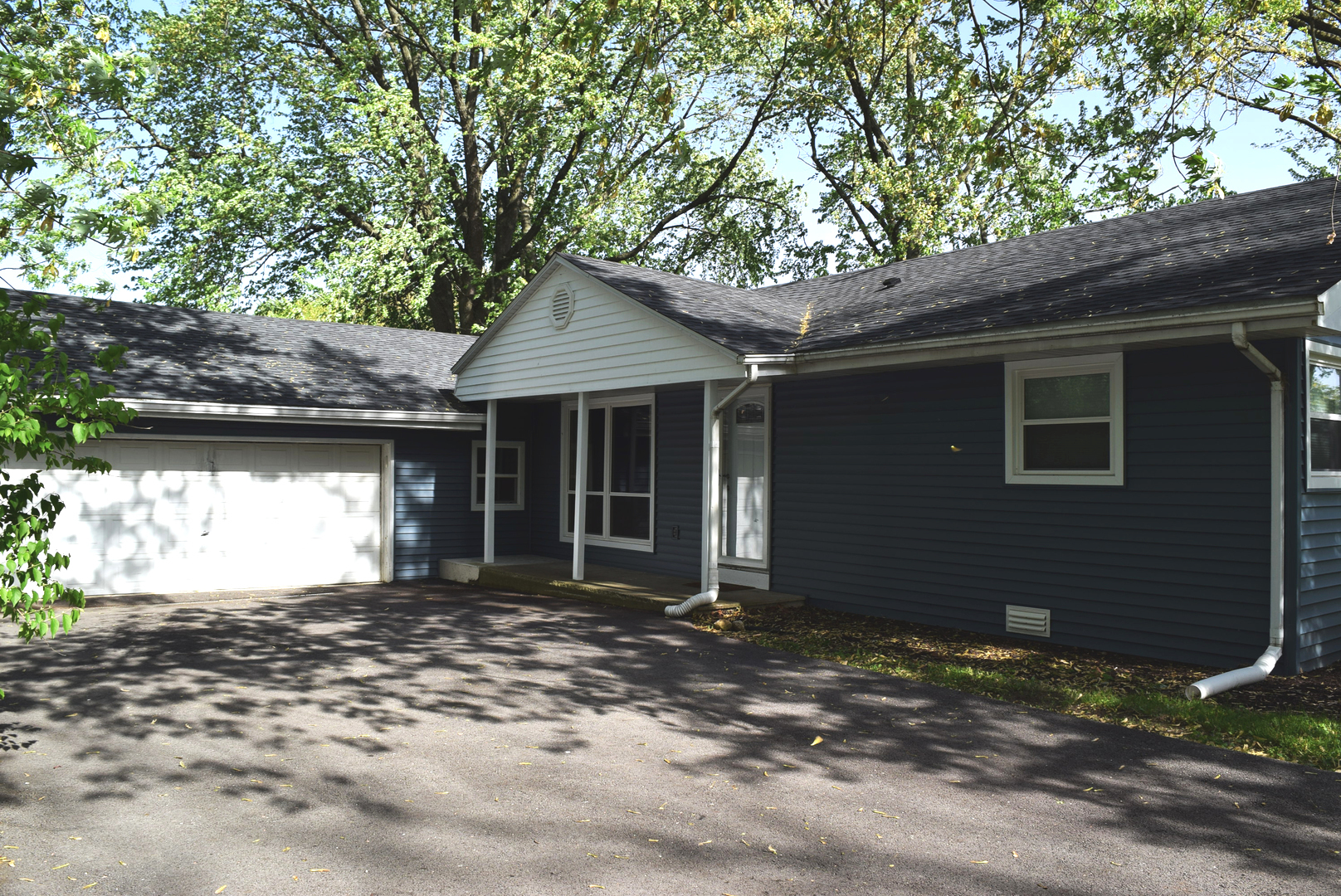 926 South Pine Street, New Lenox in Will County, IL 60451 Home for Sale