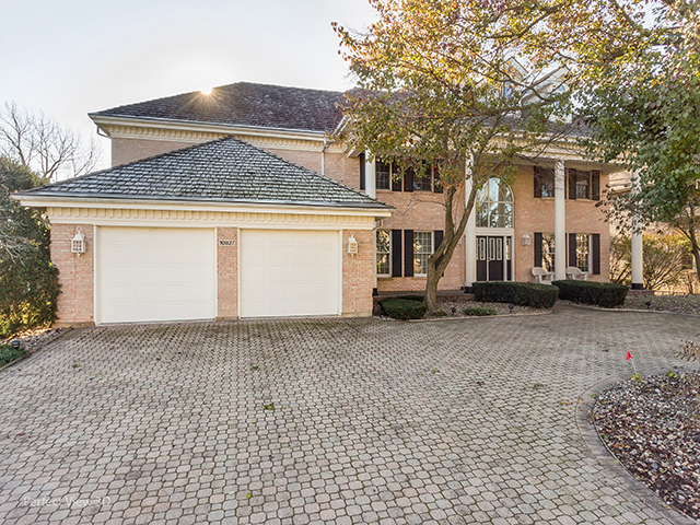10627 Misty Hill Road, Orland Park, Illinois