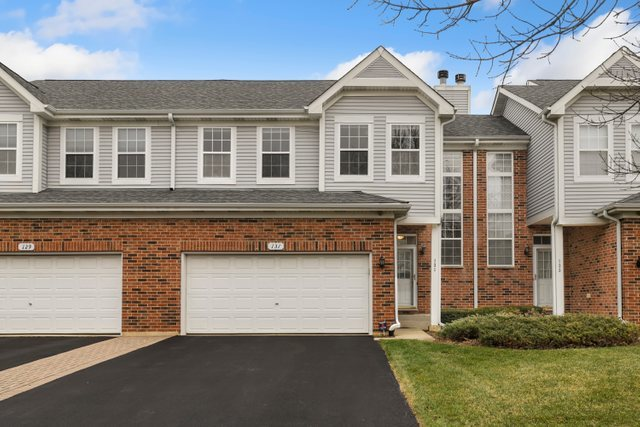 131 Chestnut Hills Circle, Burr Ridge in Du Page County, IL 60527 Home for Sale