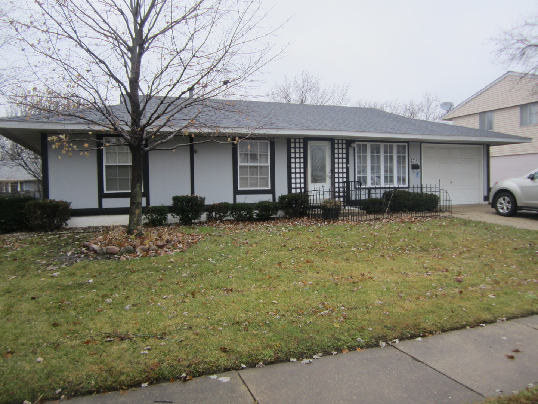 622 Pleasant Place, Streamwood, Illinois