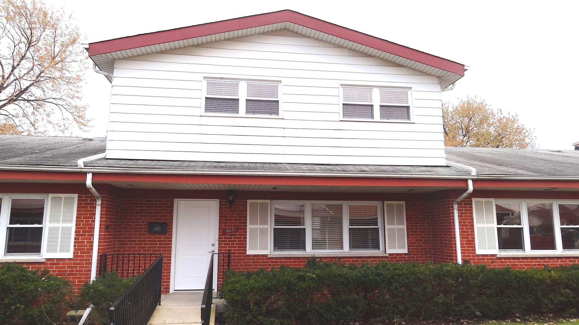 9021 North Clifton Avenue, Niles, Illinois
