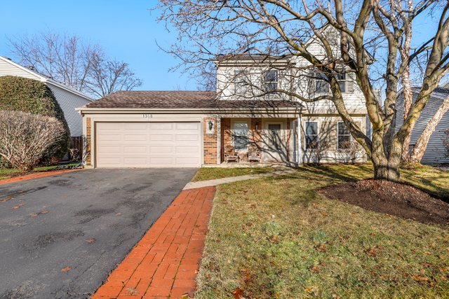 1368 Huntington Drive, Mundelein, Illinois