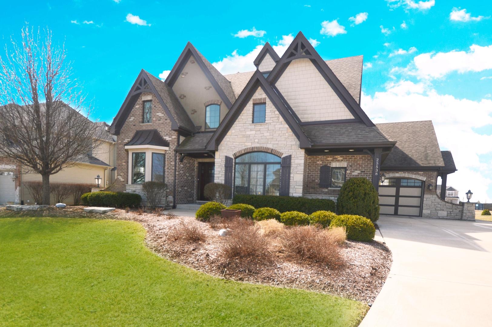25538 Prairiewood Lane, Shorewood, Illinois