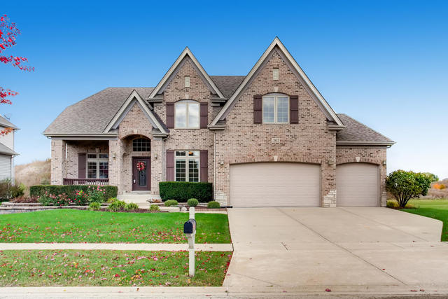 363 Andover Drive, Oswego, Illinois