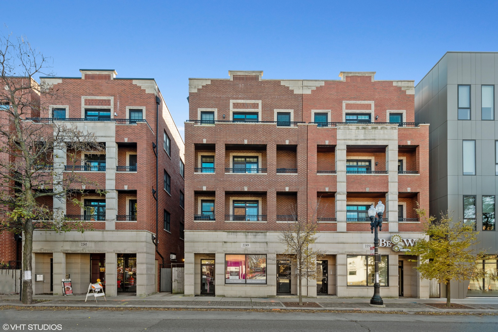2249 West Irving Park Road, Chicago North Center, Illinois