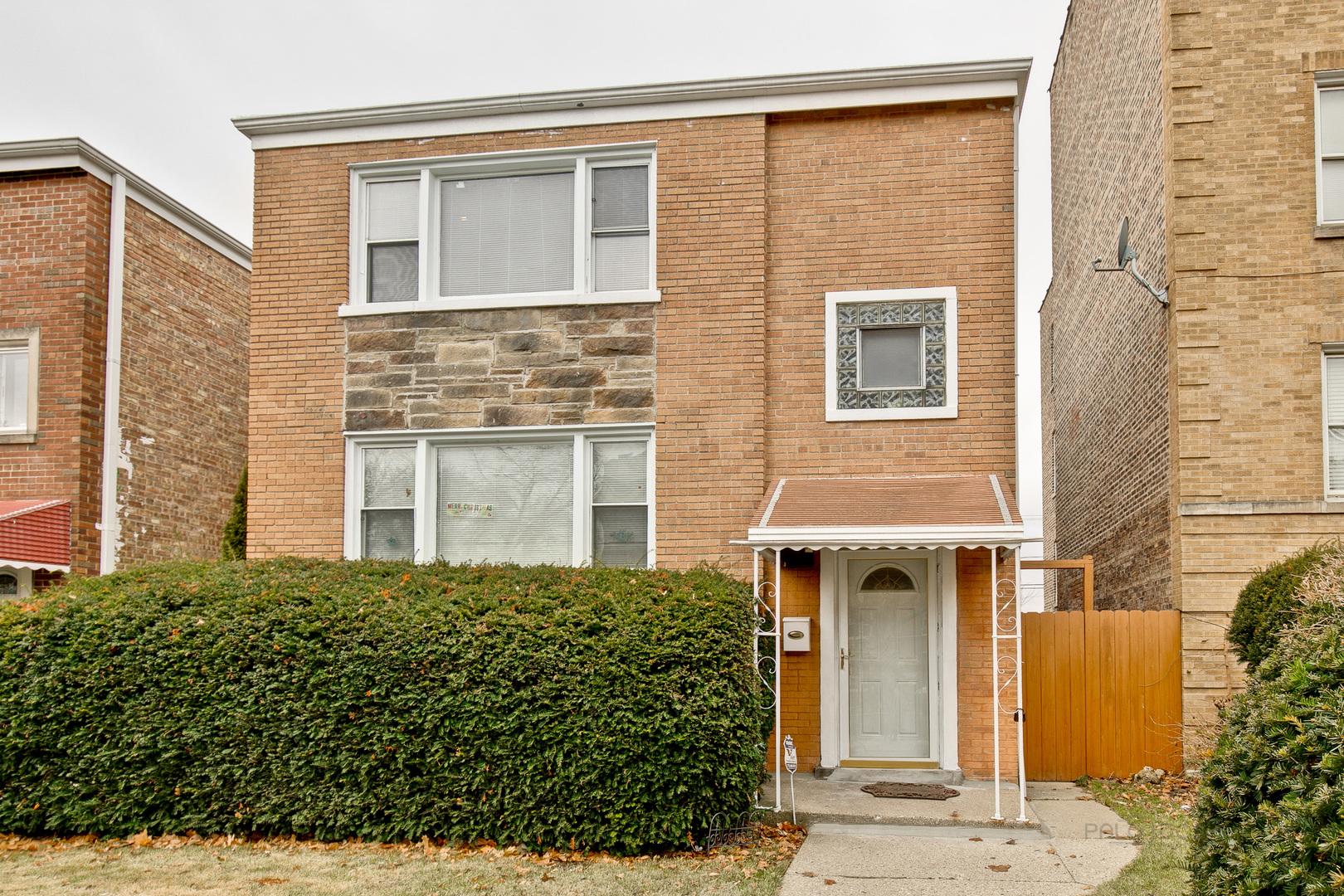 6104 North Claremont Avenue, North Park Chicago, Illinois