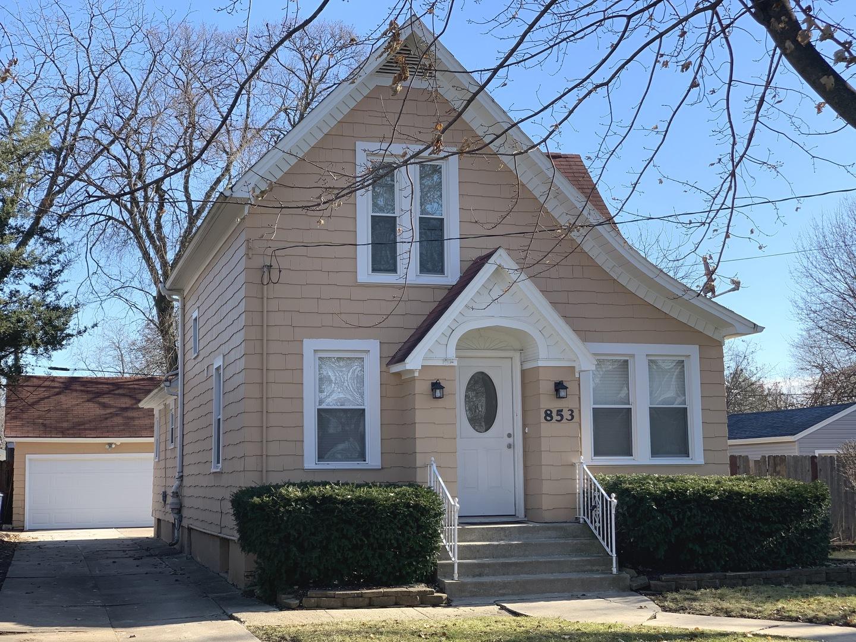 853 Saint John Street, Elgin, Illinois