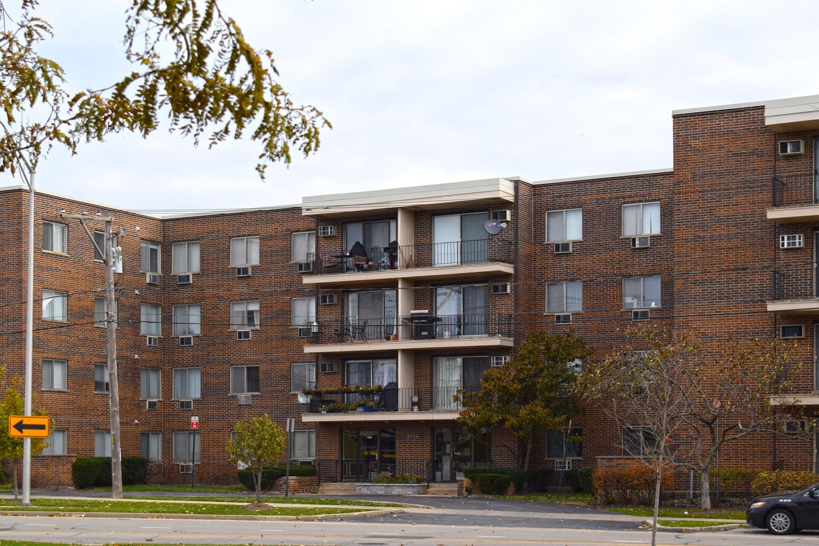 9445 KENTON Avenue, Skokie, Illinois