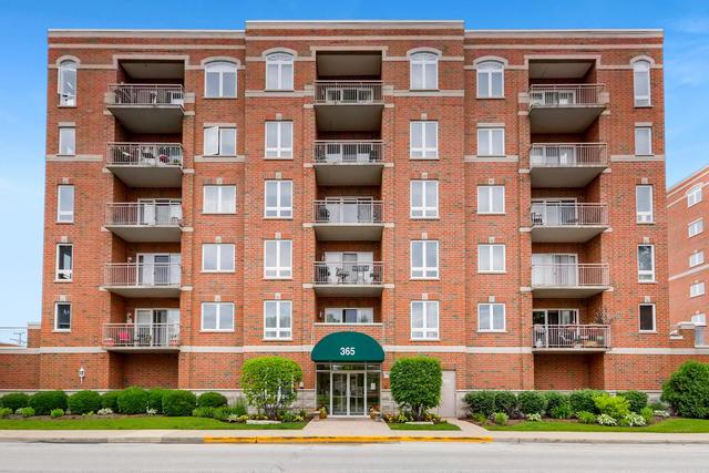 365 Graceland Avenue, Des Plaines, Illinois